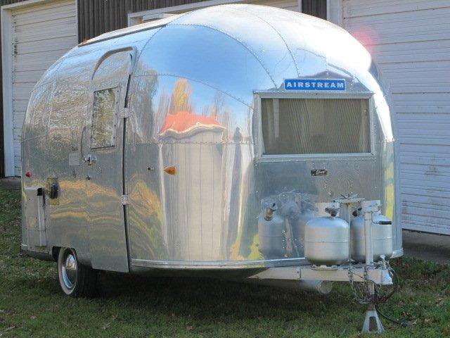 vintage airstreams vintage airstreams for sale airstream trailers. Black Bedroom Furniture Sets. Home Design Ideas